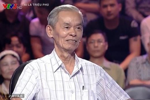 - 20141005 052530 hai huoc 1 - Cụ ông 78 tuổi đến từ Quảng Ngãi khiến MC Lại Văn Sâm và cả trường quay cười nghiêng ngả.