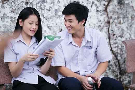 Bộ phim còn có sự góp mặt của những tên tuổi gương mặt diễn viên trẻ được yêu thích như Chi Pu, Huỳnh Anh, Harry Lu hứa hẹn đem đến nhiều điều mới lạ và đầy sức sống cho bộ phim. - Tin sao Viet - Tin tuc sao Viet - Scandal sao Viet - Tin tuc cua Sao - Tin cua Sao