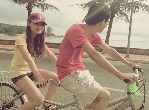 Chàng trai chạy bộ và bạn gái. Ảnh: NVCC.
