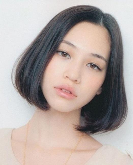 Kiko Mizuhara, 24 tuổi, là người mẫu kiêm diễn viên Nhật Bản