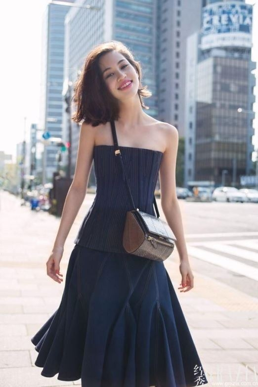 Bước chân vào nghiệp người mẫu từ năm 13 tuổi, Kiko đã có một vị thế đáng kể tại làng thời trang nước nhà