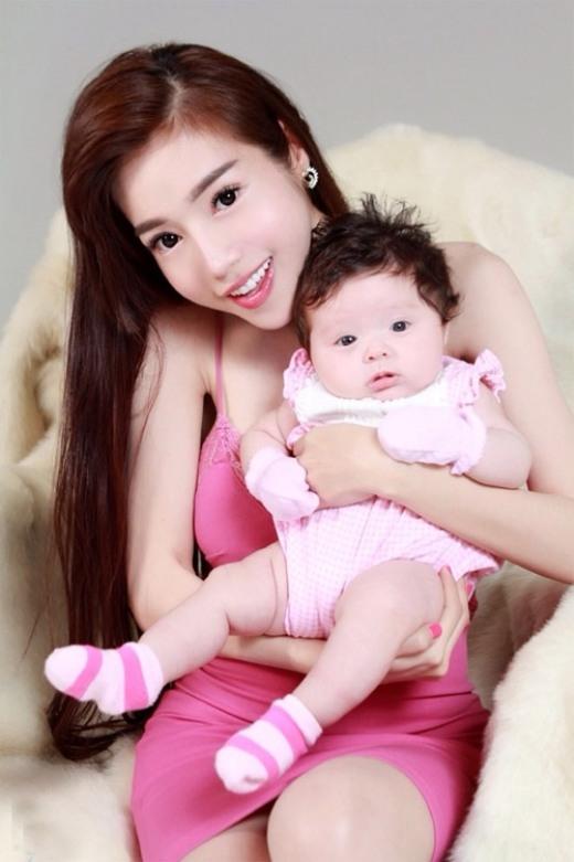Elly Trần cho biết, con gái của mình tên cúng cơm là Cadie