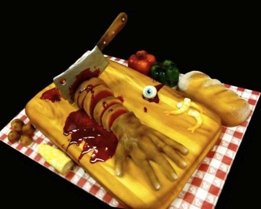 Một chiếc bánh không thể nào kinh dị hơn