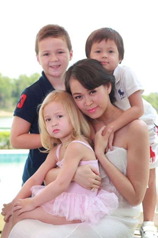 3 nhóc tì cực kỳ xinh xắn của Ngọc Nga.