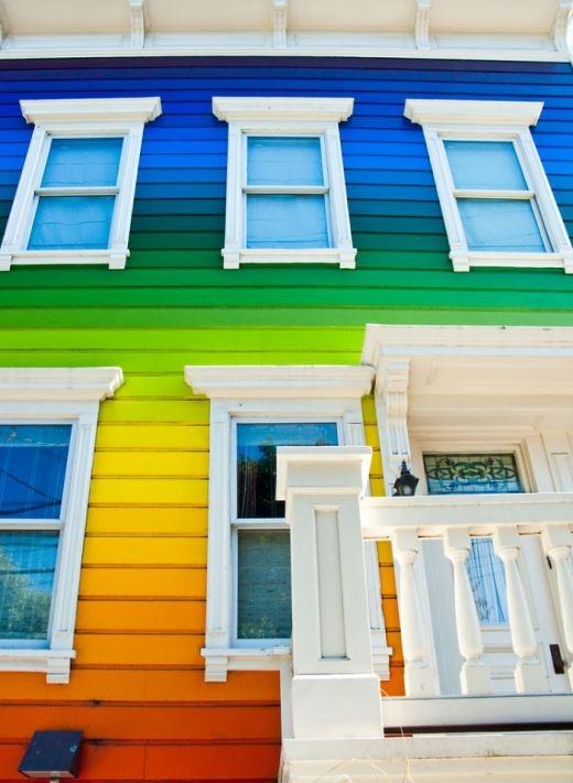 Nước Mỹ cũng có ngôi nhà màu sắc không thua kém
