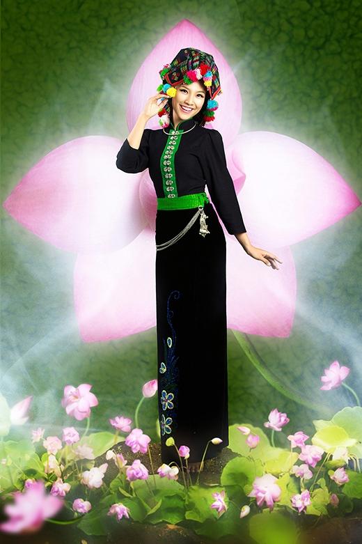 Á hậu Hoàng Oanh - Dân tộc Thái