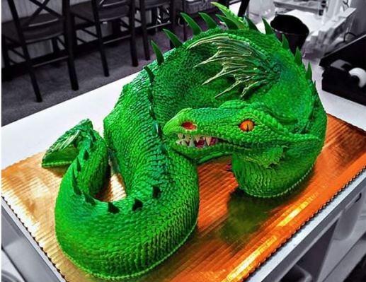 Bạn có thật sự dám ăn ổ bánh này?
