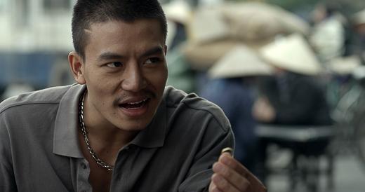 Bên cạnh đó, việc diễn cùng với nhiều diễn viên gạo cội trong nghề như Trương Ngọc Ánh, Chi Bảo, Bình Minh cũng làm cho Hiếu Nguyễn áp lực và phải cố gắng nhiều hơn để khả năng diễn xuất ngày càng tiến bộ.