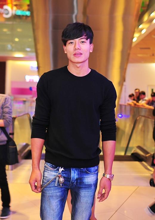 Đêm ra mắt còn có sự có mặt của diễn viên trẻ Hiếu Nguyễn. …