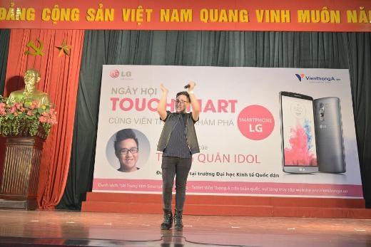 Trung Quân cháy hết mình trong các buổi diễn tại các trường Đại Học - Tin sao Viet - Tin tuc sao Viet - Scandal sao Viet - Tin tuc cua Sao - Tin cua Sao