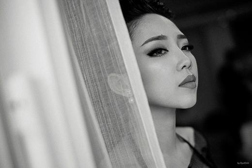 Đây là sản phẩm đâu tiên của Tóc Tiên giới thiệu đến khán giả quê nhà, tiếp nối cô sẽ xuất hiện nhiều sự kiện tại Việt Nam từ nay đến hết tháng 11 để quảng bá cho MV này. - Tin sao Viet - Tin tuc sao Viet - Scandal sao Viet - Tin tuc cua Sao - Tin cua Sao