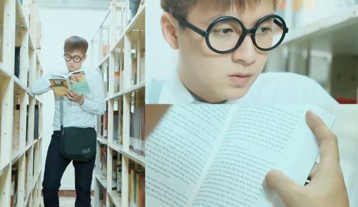 """Ngô Kiến Huy tự nhận mình là một chàng Ngố """"tuyệt đối trung bình"""", không có điểm gì đặc biệt ngoài cặp kính cận Nobita ngộ nghĩnh và thói quen đọc sách một mình ở thư viện. - Tin sao Viet - Tin tuc sao Viet - Scandal sao Viet - Tin tuc cua Sao - Tin cua Sao"""