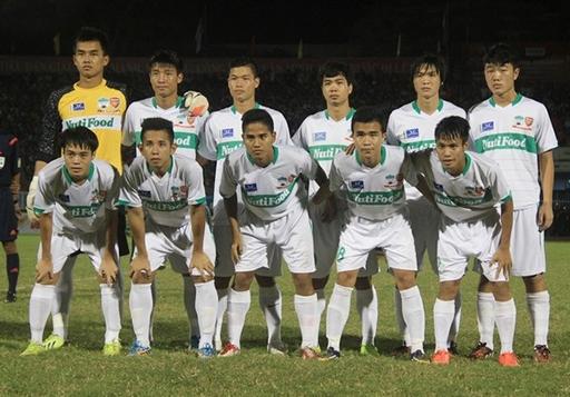 Các cầu thủ U19 HA.GL sẽ đảm nhận trọng trách trên đấu trường V.League mùa tới.