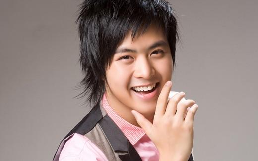 Nụ cười của WanBi rạng rỡ nhưng hiền hòa - Tin sao Viet - Tin tuc sao Viet - Scandal sao Viet - Tin tuc cua Sao - Tin cua Sao