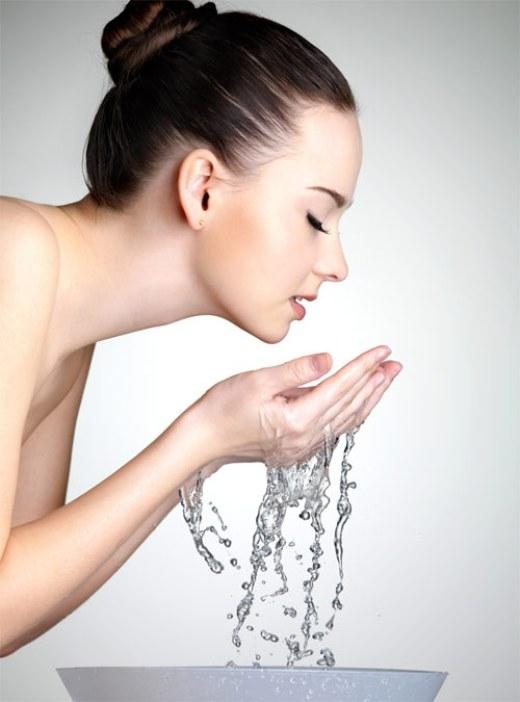 Những sai  lầm cần tránh khi rửa mặt