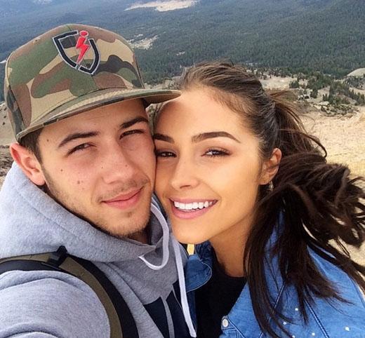 Olivia Culpo và Nick Jonas du lịch cùng nhau