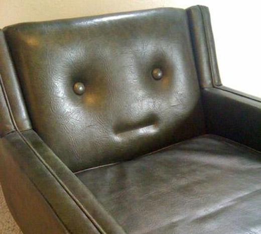 'Bạn sẽ đến và ngồi lên tôi chứ?'