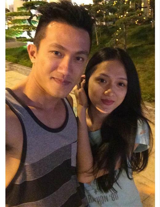 Hình ảnh tình tứ của Hương Giang và Criss Lai lúc cô nàng sang trời Tây thăm 'chàng'.