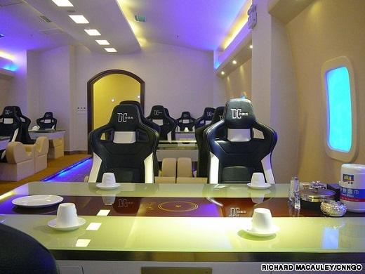 Bộ ghế được mô phỏng theo ghế ngồi trên máy bay
