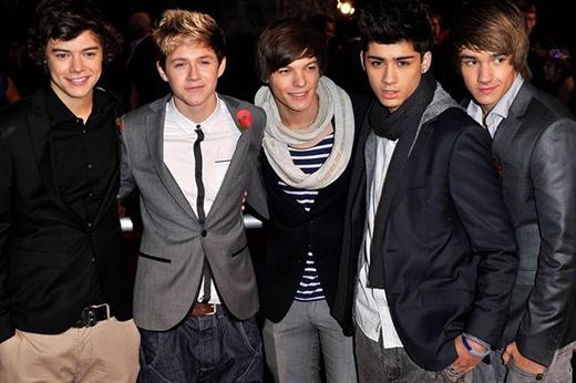 One Direction tham gia buổi công chiếu Harry Potter And The Deathly Hallows: phần 1 vào ngày 11/11/2010 tại London.