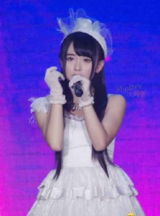 Tịnh Y đã đứng hạng 4 trong cuộc tuyển chọn thành viên cho nhóm SNH48