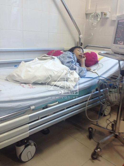 Hình ảnh chị Loan trên giường bệnh từ sau ngày anh Vượng qua đời