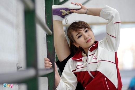 Bắt đầu tập wushu từ năm 5 tuổi, Mai Phương trở thành vận động viên xuất sắc với hơn 20 huy chương vàng ở các giải đấu lớn như Đại hội võ thuật thế giới (2006), giải châu Á trẻ (2003, 2005, 2007), Đại hội Thể thao toàn quốc, Đại hội võ thuật truyền thống thế giới (2007), Asian Indoor Games 3 (2009), World Games (2009) và SEA Games 26 tại Indonesia (2011). Ảnh: Hoàng Anh