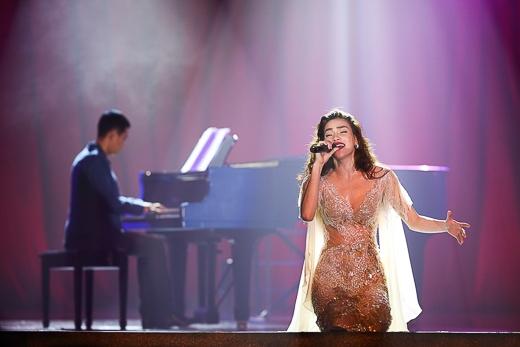 Hồ Ngọc Hà khoe giọng hát trên tiếng đàn của nhạc sĩ Hoài Sa - Tin sao Viet - Tin tuc sao Viet - Scandal sao Viet - Tin tuc cua Sao - Tin cua Sao