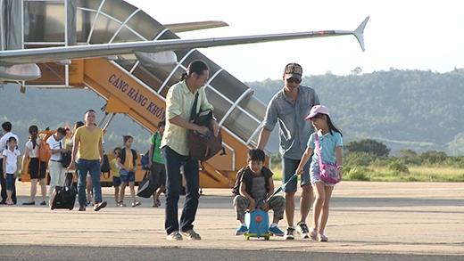 4 cặp bố con di chuyển đến đến thị trấn Lạc Dương, nằm dưới thung lũng núi Lang Biang để tham gia thử thách tiếp theo của 'Bố ơi! Mình đi đâu thế?' - Tin sao Viet - Tin tuc sao Viet - Scandal sao Viet - Tin tuc cua Sao - Tin cua Sao