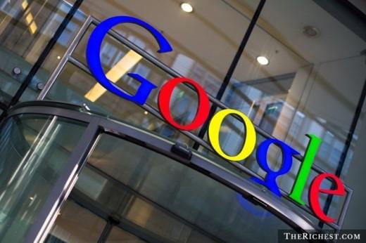 5. Google cung cấp cho nhân viên của mình những đặc quyền tuyệt vời nhất. Chẳng thế mà tạp chí Fortune xếp Google ở vị trí 'Công ty tốt nhất để làm việc' trong 5/8 năm gần đây, bao gồm cả 2014. Bên cạnh mức lương cao (trung bình 100.000 USD mỗi năm), nhân viên ở đây còn nhận được rất nhiều đãi ngộ đáng mơ ước khác như chăm sóc y tế, bữa ăn nhẹ miễn phí, cắt tóc, giặt đồ, nhà trẻ miễn phí...