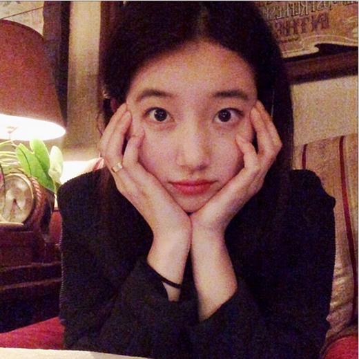 Suzy cực đáng yêu với gương mặt mộc cùng đôi mắt to tròn