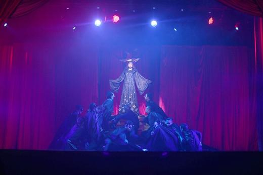 Phần 1 của chương trình với sân khấu nhạc kịch - Tin sao Viet - Tin tuc sao Viet - Scandal sao Viet - Tin tuc cua Sao - Tin cua Sao