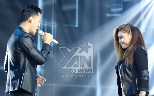 Đêm liveshow còn có sự xuất hiện của 2 khách mời là Phạm Ngọc Luân và Xuân Nghi - Tin sao Viet - Tin tuc sao Viet - Scandal sao Viet - Tin tuc cua Sao - Tin cua Sao