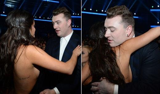 Selena Gomez thể hiện tình cảm thân mật với Sam Smith, có lẽ anh chàng cũng đã hết sức tán dương màn trình diễn của cô nàng.