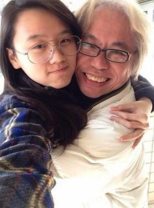 Cặp đôi thường xuyên chia sẻ những bức ảnh tình tứ như của tuổi mới lớn