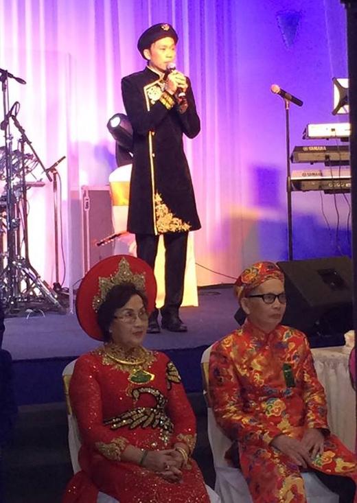 Hoài Linh chia sẻ cảm xúc trong ngày kỷ niệm 50 năm ngày cưới của bố mẹ - Tin sao Viet - Tin tuc sao Viet - Scandal sao Viet - Tin tuc cua Sao - Tin cua Sao