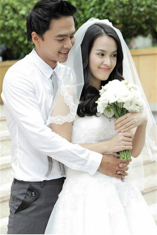 Được biết cả 2 dự định sẽ tổ chức lễ cưới trong năm sau. Thông tin này đã khiến cho nững người hâm mộ cặp đôi này vô cùng phấn khích và vui mừng cho họ - Tin sao Viet - Tin tuc sao Viet - Scandal sao Viet - Tin tuc cua Sao - Tin cua Sao