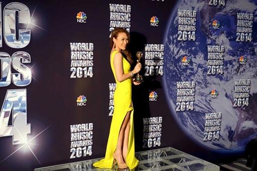 Mỹ Tâm giành cup tại lễ trao giải Âm nhạc Thế giới - Tin sao Viet - Tin tuc sao Viet - Scandal sao Viet - Tin tuc cua Sao - Tin cua Sao