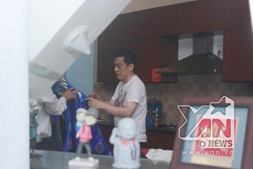 Anh Hai dậy từ sớm để cùng gia đình chuẩn bị cho lễ tân hôn - Tin sao Viet - Tin tuc sao Viet - Scandal sao Viet - Tin tuc cua Sao - Tin cua Sao