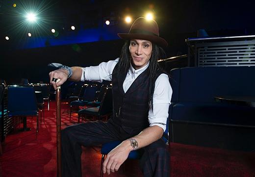 Á quân của Australian's Got Talent năm 2011 - ảo thuật gia hàng đầu thế giới Paul Cosentino.
