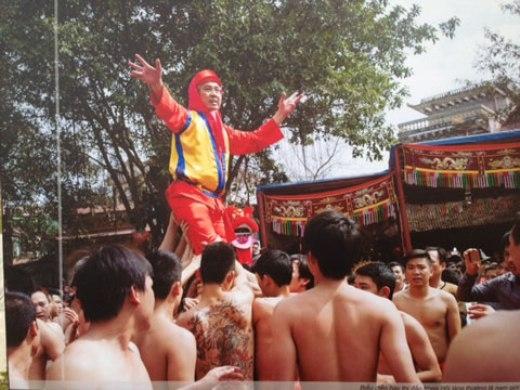 Từ các lễ hội truyền thống…