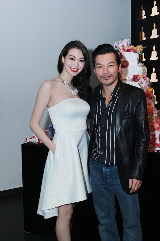 Trần Bảo Sơn là khách mời đến bữa tiệc sinh nhật sớm nhất của Khánh My khiến cô rất xúc động.