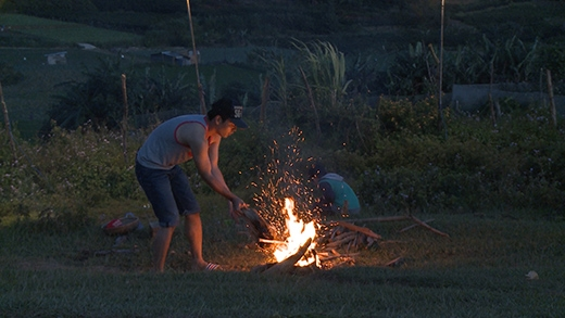Phan Anh tiếp tục đốt lửa - Tin sao Viet - Tin tuc sao Viet - Scandal sao Viet - Tin tuc cua Sao - Tin cua Sao