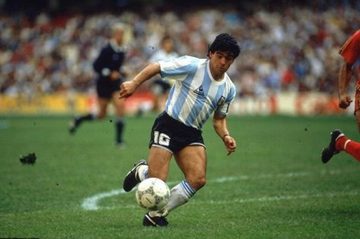2. Diego Maradona (ĐT Argentina).