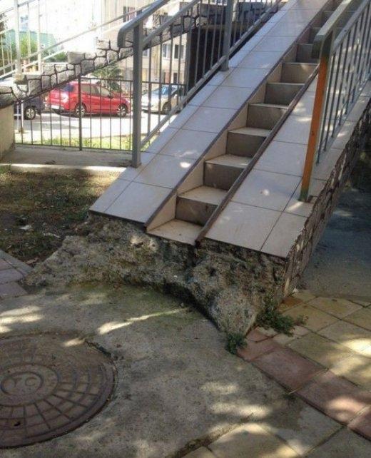 Chiếc cầu thang được đầu tư rất công phu
