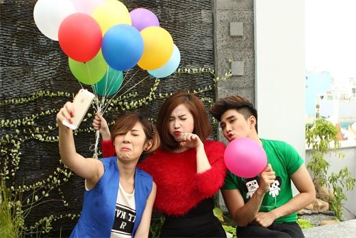 Cả ba làm 'mặt xấu' để 'selfie' - Tin sao Viet - Tin tuc sao Viet - Scandal sao Viet - Tin tuc cua Sao - Tin cua Sao