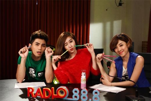 Siêu nhắng trong phòng thu Radio 88.8 cùng hai 'chủ xị' Will và Yumi Dương - Tin sao Viet - Tin tuc sao Viet - Scandal sao Viet - Tin tuc cua Sao - Tin cua Sao