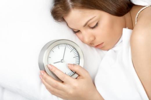 Thừa cân, béo phì vì ngủ quá nhiều - khi nạp năng lượng vào cơ thể bằng thức ăn và các chất dinh dưỡng nhưng lại không sử dụng nó để hoạt động thì kết quả là năng lượng và các chất dinh dưỡng ấy sẽ tích tụ thành lượng mỡ thừa.
