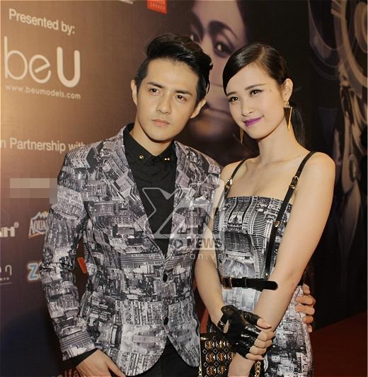 Cả hai vui vẻ tạo dáng trước ống kính - Tin sao Viet - Tin tuc sao Viet - Scandal sao Viet - Tin tuc cua Sao - Tin cua Sao