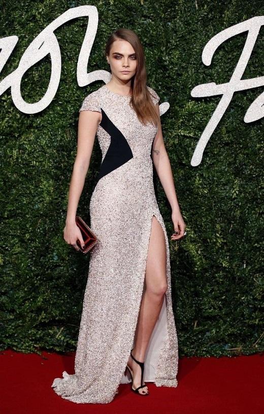 Cara Delevigne nhận giải 'Siêu mẫu của năm'